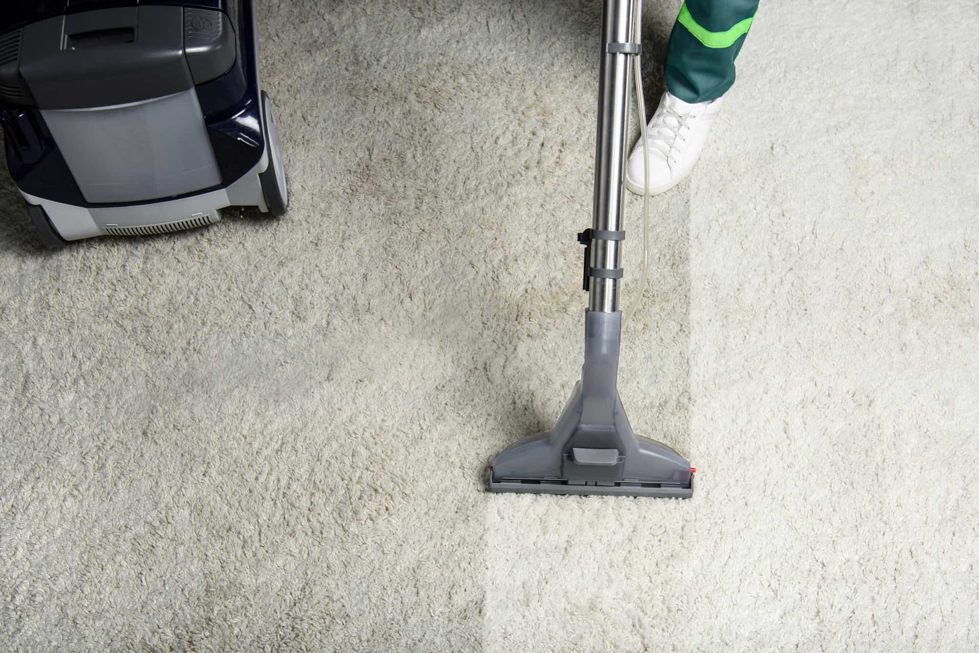 Should I Hire A Professional Carpet Cleaning Service In Tulsa or Do It Myself?